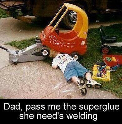meme-fixing-car